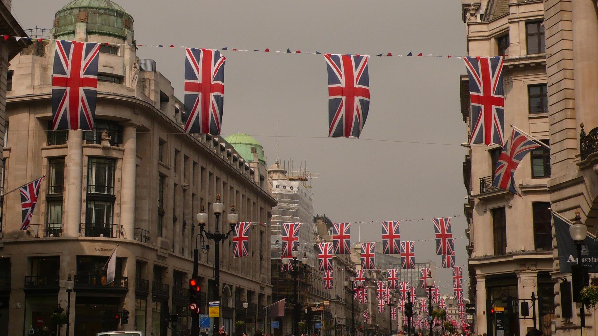 Voici un concoursintéressantchez Eurostar. Vous pouvez télécharger une photo saisissant Londres sous un angle inattendu et raconter l'histoire autour de cette image. Ils sont à la recherche de photos […]